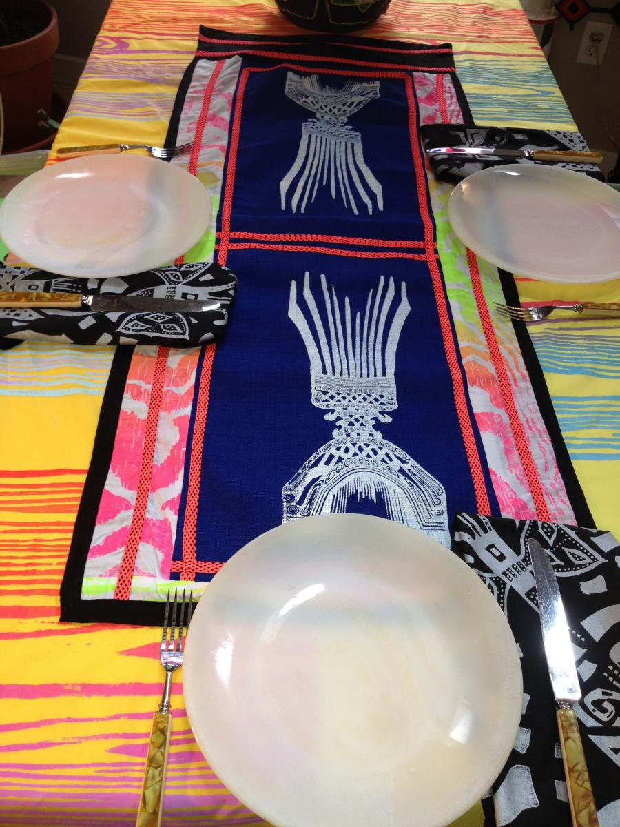 TABLE RUNNER AVAILABLE 175