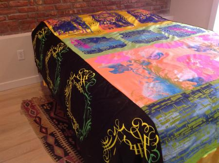 TRIBAL FITTED QUEEN BEDSPREAD AVAILABLE 1500